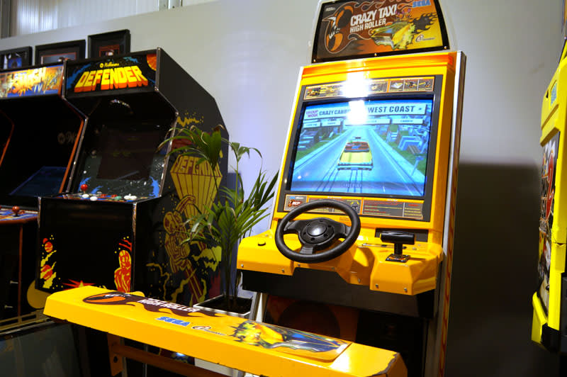 23568-1-crazy-taxi-high-roller-arcade-in-showroom.jpg